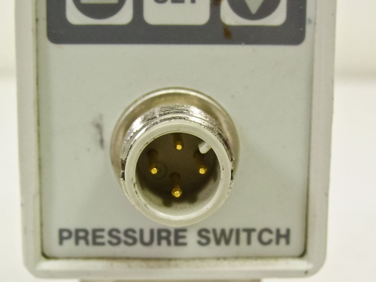 smc pressure switch ise70 manual